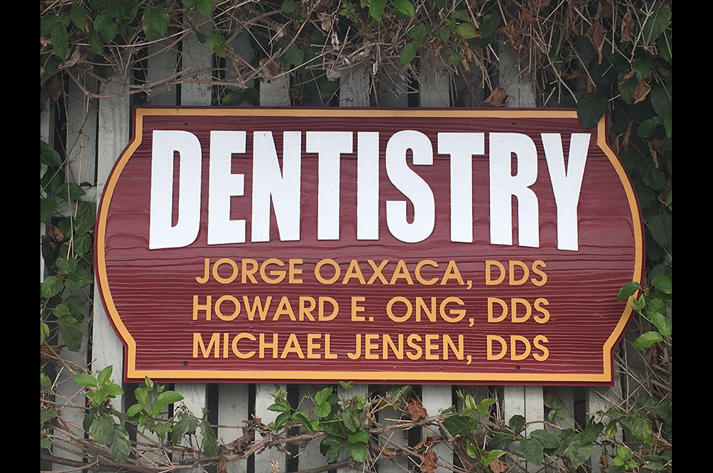 Dentist near Rossmoor